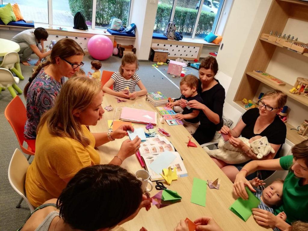 Zdjęcia z Klubu Rodziców Kurczaba 2 - Zajęcia plastyczne